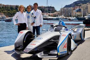 Susie Wolff named team principal, shareholder at Venturi Formula E