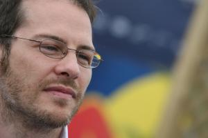 Villeneuve: F1 2011 'useless, boring...not even racing'