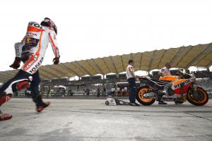 Marquez fastest in warm-up - Lorenzo, Rossi follow