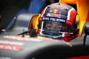 Kvyat: I don't have any luck in Australia!