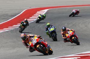 Rossi, Pedrosa debate Moto2 'aggression'