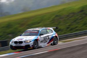 Robert Collard (GBR) Team BMW BMW 125i M Sport