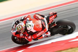 Davies back on track, back on top at Laguna