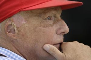 Niki Lauda takes Lewis Hamilton for a spin