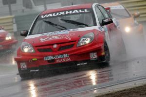 Matt Neal (GBR) Vauxhall Vectra
