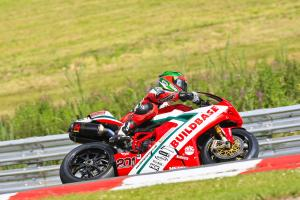 Laverty closes on Cup title with Oulton double.