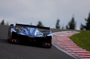Peugeot leads but Audi hit trouble early on