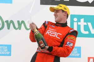 Stephen Jelley (GBR) - Team RAC BMW 320si E90, Babe