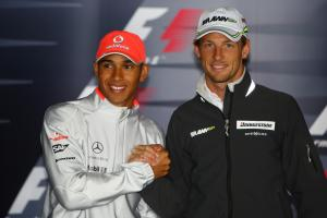 Lewis Hamilton (GBR) McLaren MP4-24, Jenson Button (GBR) Brawn BGP001, British F1, Silverstone, 19th