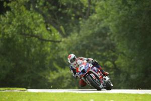 Dixon leads Irwin in final practice