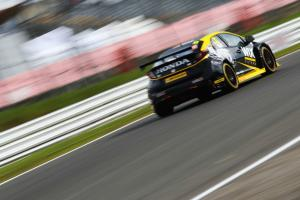 Goff aiming to convert pole into opening win