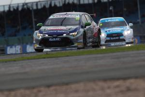Ingram beats Plato to secure race one win