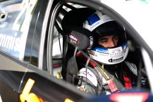 Cammish fastest in opening Thruxton practice