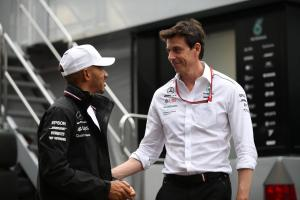 Wolff: Hamilton pace helped force Vettel mistake