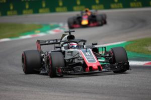 Grosjean disqualified from Italian GP after Renault protest