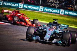 2017 Vettel clash on Hamilton's mind after Mexico qualifying