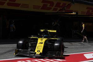 Renault drivers complain of inconsistency from car