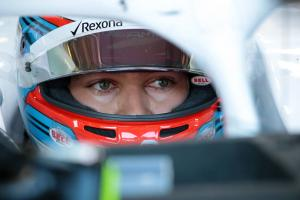 Russell lands three-place grid drop for impeding Kvyat