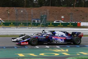 Albon explains why he 'didn't want to overtake Hamilton'