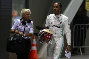 "Hamilton plans to be ""aggressive"" in battle against Ferrari"