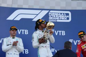 Hamilton not thinking about F1 title despite dominant points lead
