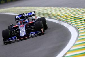 Engine shutdown caused Kvyat crash in Interlagos practice