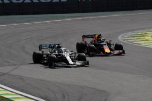 Albon did not want to 'over defend' against Hamilton in Brazil clash