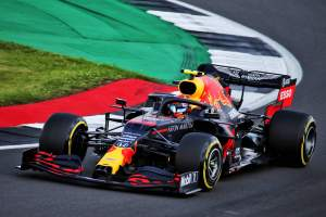 """Albon rejects """"struggling"""" claims after F1 Q2 British GP exit"""