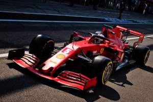 """Vettel labels Ferrari F1 car as """"difficult"""" and a """"handful"""" to drive"""