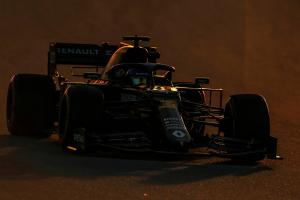 Pressure grows on F1 teams over coronavirus