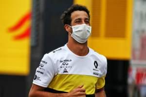 Perez still has time to find 'deserved' F1 seat - Ricciardo