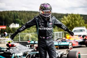 "Wolff describes Hamilton as ""extraterrestrial"" after Belgium F1 pole"
