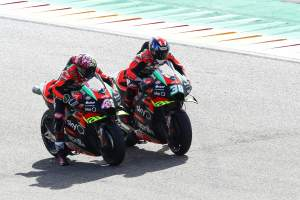 Aprilia replaces Bradley Smith with Lorenzo Savadori