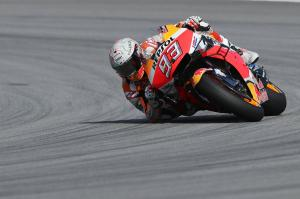 Marquez surrounded by Yamahas but focused on championship