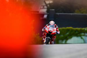 Dovizioso 'struggling – but no more than expected'