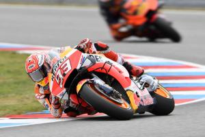 Marquez on Brno pole by 2.5s after savvy slick gamble, Zarco in third