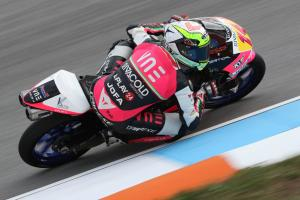 Moto3 Brno: Arbolino wins big battle for Brno pole