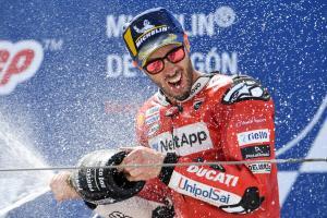 Dovizioso takes 'big open door' to podium from Rins, Morbidelli clash