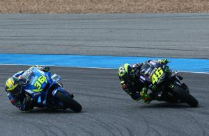 Rossi on 'the edge': Same story, a shame