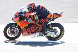 Moto2 Valencia: Three in a row for brilliant Binder