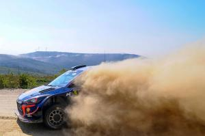 Neuville fortifies lead over Evans