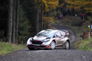 Evans in control at Wales Rally GB