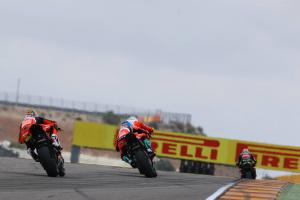 "Melandri's Ducati instability issues curtails ""aggressive"" late attack"
