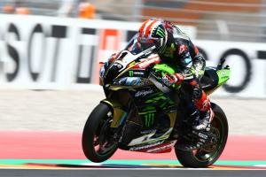 Rea remains top as Sykes struggles in 14th