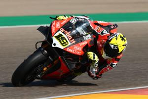 Bautista clears off in sprint race