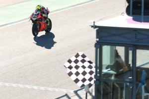 Bautista matches Hodgson's historic nine in Aragon sweep