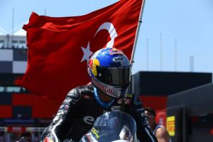 Three podiums in three events lifts Razgatlioglu into top six