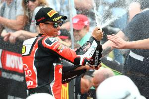 Bautista feels the strain in 'fight with bike' at Donington
