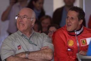 F1 legend Murray Walker voted greatest commentator