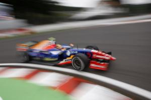 GP2 reveals '09 calendar, teams.